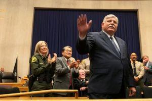 John Scott jura como nuevo Sheriff de Los Ángeles