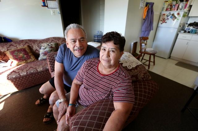 Latinos de LA marginados de viviendas subsidiadas