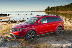 Dodge introducirá en el Auto Show de Chicago el nuevo Journey Crossroad