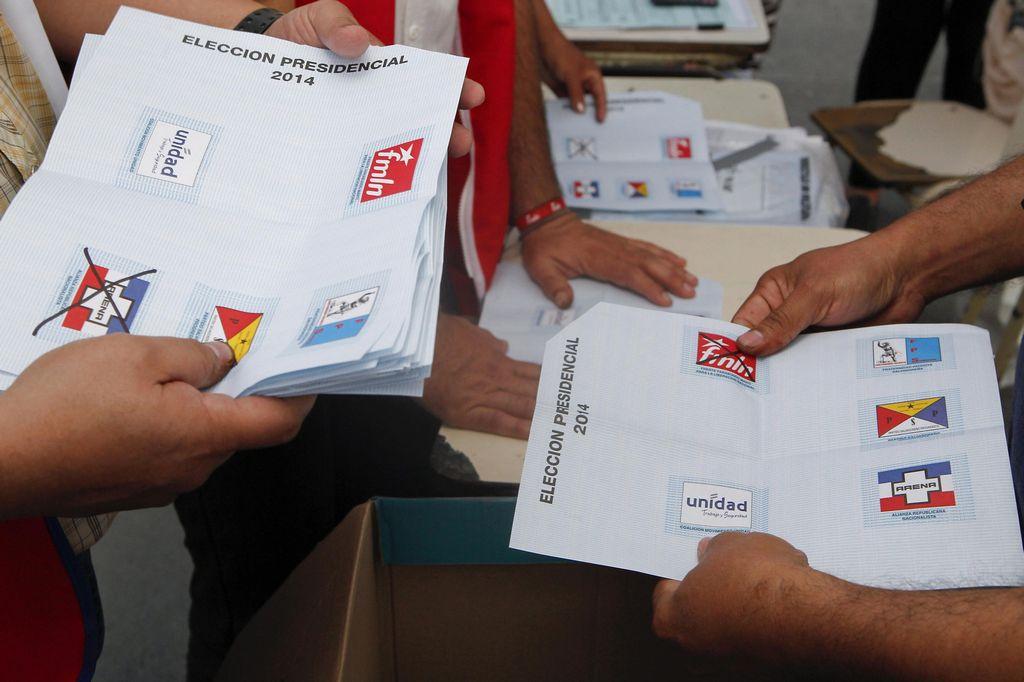 Pocos salvadoreños en EEUU votaron en elecciones de su país