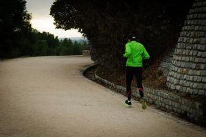 Seis tips para hacer ejercicio al aire libre a pesar del frío