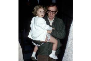 Hijastro de Woody Allen lo defiende a capa y espada