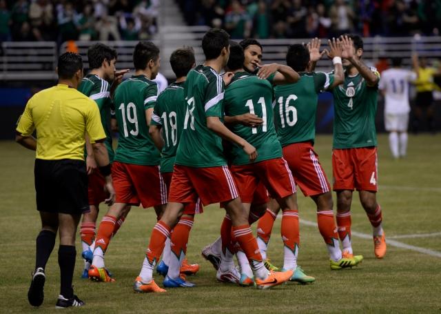 Crece número de aficionados al fútbol y box en México