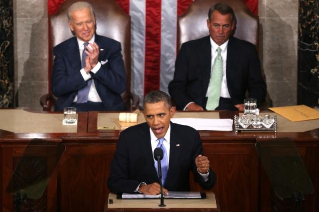Grupos pro inmigrantes muestran frustración con Obama