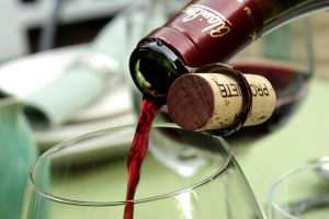 El vino tinto y el placer de la buena mesa