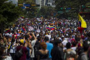El mundo llama al diálogo en Venezuela