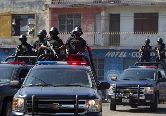 """Arrestan en Sinaloa a jefe de sicarios de """"El Mayo"""" Zambada"""