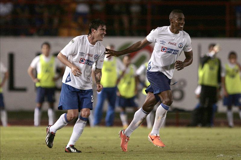 Cruz Azul va paso a paso y no piensa en Liguilla, dice Manzo
