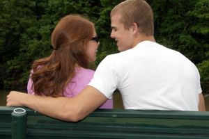 5 online dating safety tips for single moms