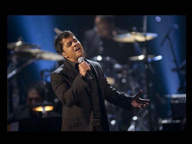 Luis Fonsi se renueva con el 'Corazón en la maleta' (audio)
