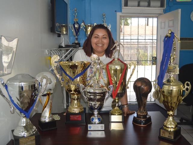 ´Yuli´ Milan, entrenadora de fútbol femenil por vocación