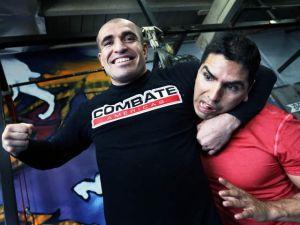 Piolín, Chino y Nacho y Daddy Yankee en 'Combate Americas'