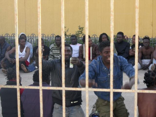 Siguen ingreso de inmigrantes a España