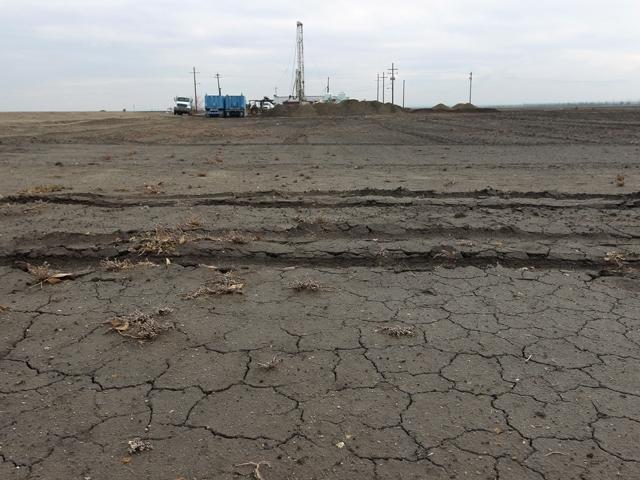 Brown promulga ayuda urgente contra sequía en California