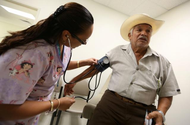 Gracias a Medicare, el cuidado de salud de los ancianos es un derecho universal.