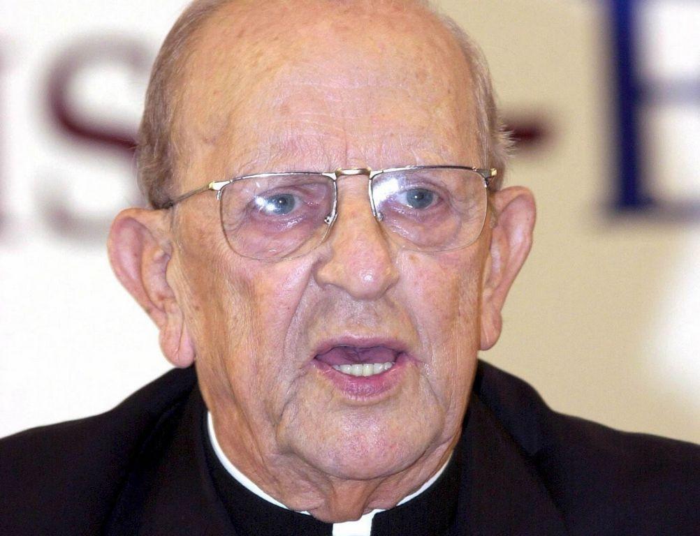 Antes de morir en 2008, se supo que el padre Maciel había violado a seminaristas, engendró varios hijos y participó en el abuso de drogas.