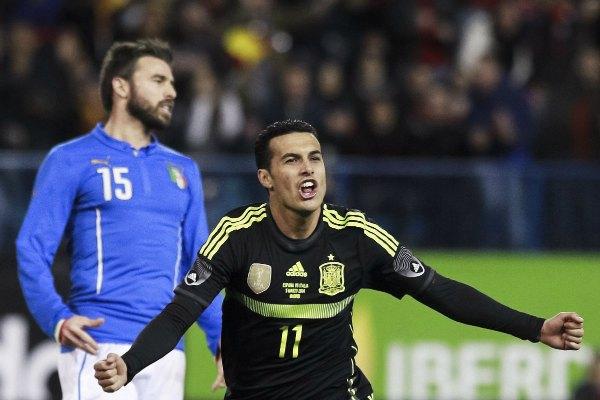 Pedro celebra su gol, con el que España derrotó 1-0 a Italia