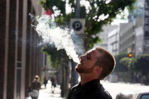 Regularán e-cigarrillos