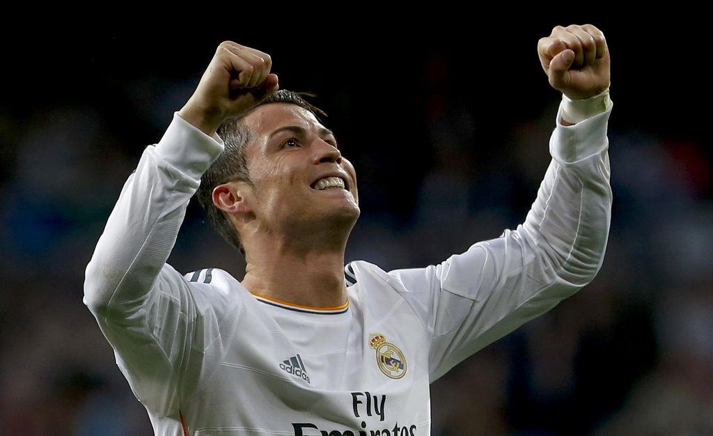 Real Madrid comanda la Liga de España al vencer al Levante