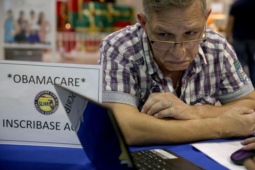 "Republicanos usan Facebook para atacar ""Obamacare"""