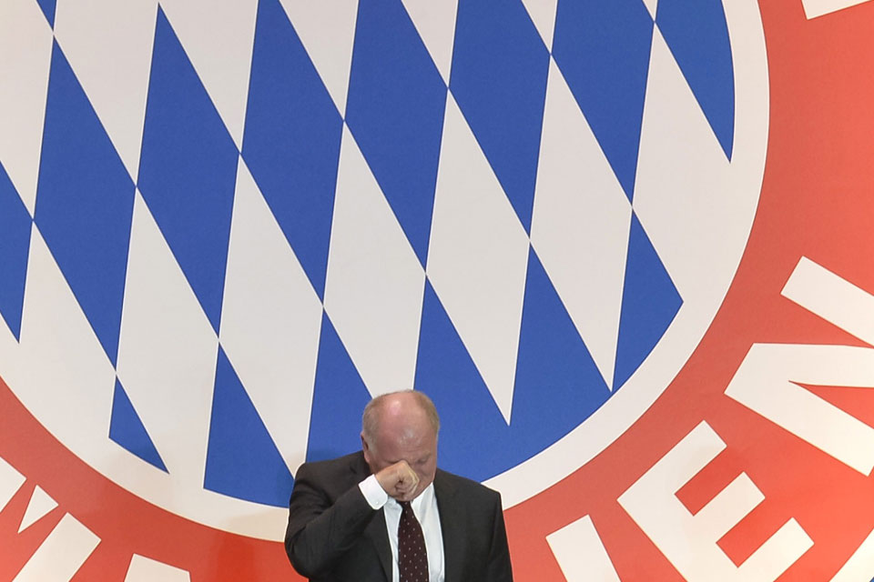 Renunció el presidente de Bayern Munich e irá a la cárcel