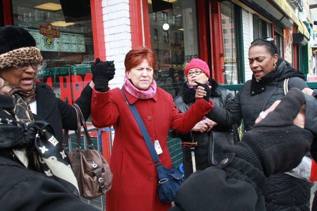 """Labores de rescate en East Harlem podrían extenderse """"por días"""""""