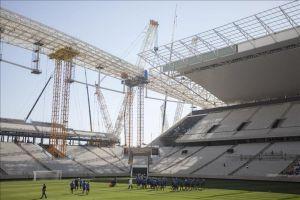 Corinthians entrena por primera vez en estadio que abrirá el Mundial