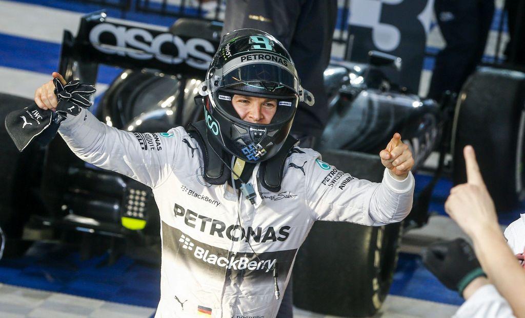 Nico Rosberg gana un accidentado Gran Premio de Australia