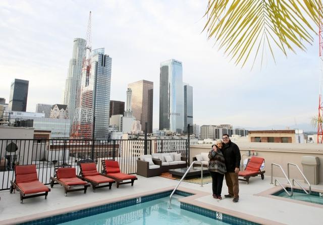 Revitalización del 'Downtown' de Los Ángeles atrae a miles