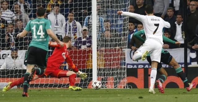 Real Madrid  va a octavos