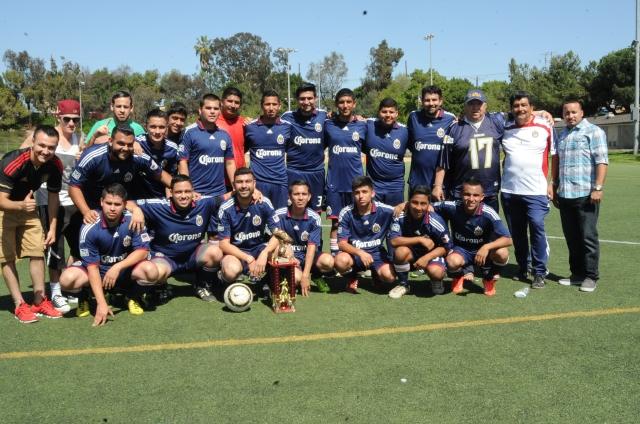 Jugadores del Panamerican son bicampeones