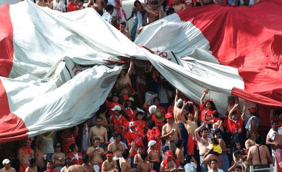 Detienen en Cancún a integrantes de la porra del Toluca