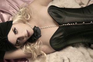 Modelo erótica y celebridad cristiana recibe 50 peticiones de matrimonio al día a través de Instagram