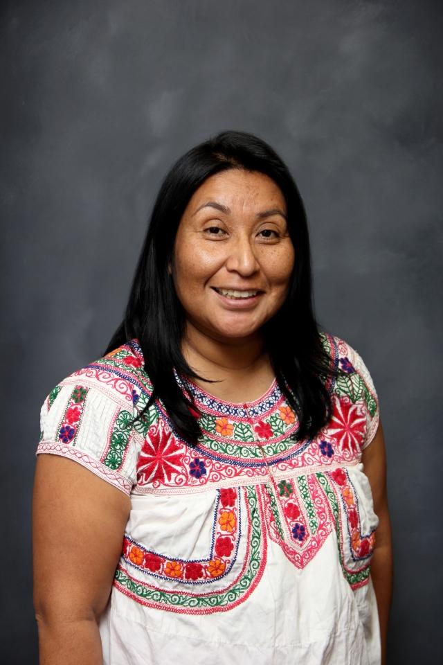 Aboga por  los derechos de los pueblos indígenas