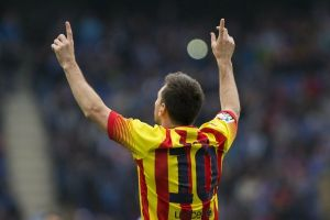 Messi le da el triunfo al Barça en el derbi catalán (Video)