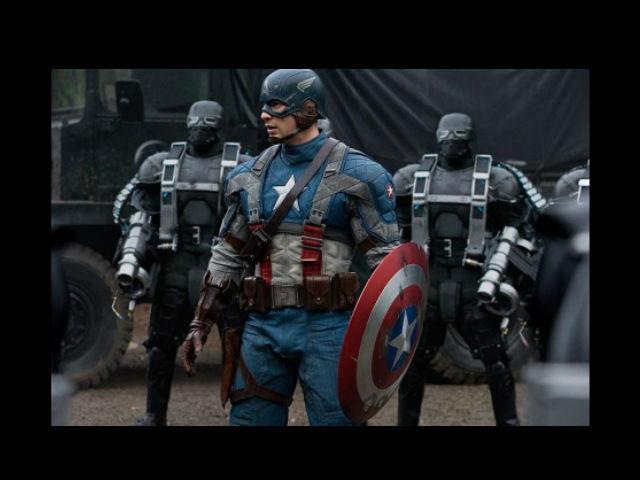 Chris Evans seduce otra vez como 'Captain America'