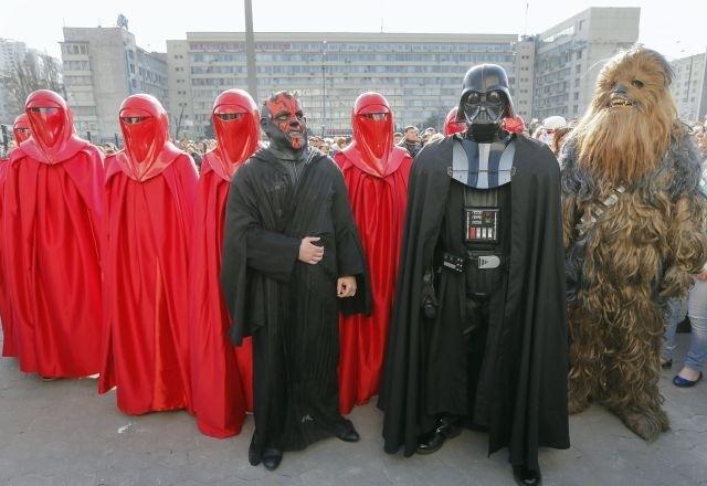 Ucrania rechaza candidatura presidencial de Dark Vader