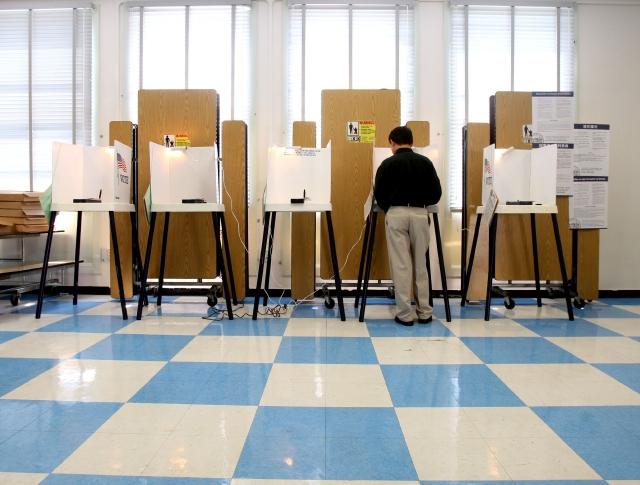Elecciones en 14 ciudades del Sur de CA este martes
