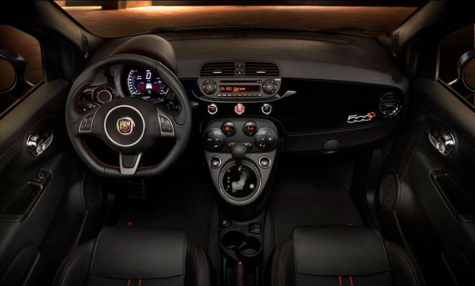 Los Fiat 500 Abarth y Abarth Cabrio, también automáticos