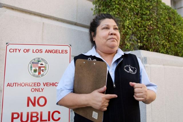 Desigualdad salarial en la alcaldía de LA
