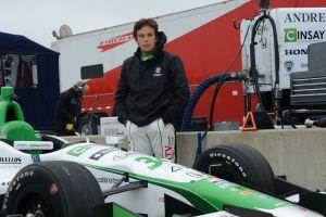 Carlos Muñoz pisa el acelerador a fondo