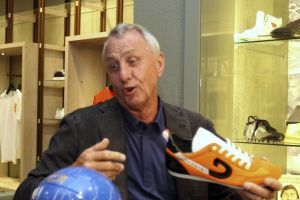 """Cruyff quiere a """"Pep"""" de nuevo en el Barça"""