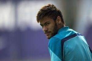 Scolari aclara que crisis del Barça no afecta a Neymar