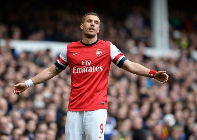 Arsenal entra a puestos europeos