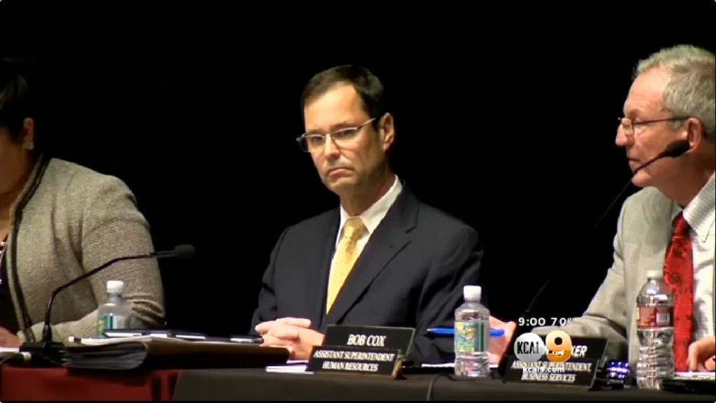 FBI investiga salario de exsuperintendente escolar de Centinela