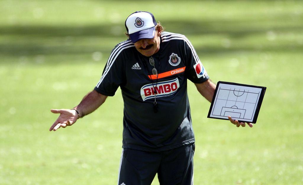 La Volpe quiere que Chivas 'importe' jugadores de EE.UU.