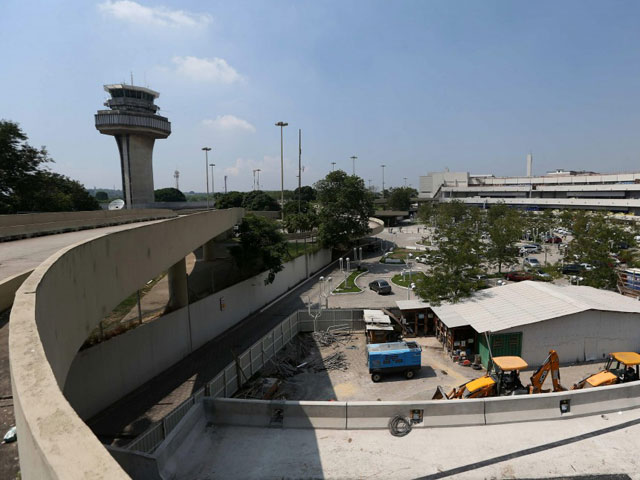Admiten posible apagón en aeropuerto de Río durante Mundial