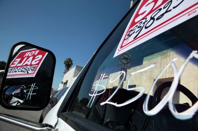 Alertan sobre peligro de ventas de autos clandestinos en L.A.