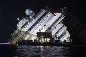 Schettino culpa a tripulación del naufragio del Costa Concordia