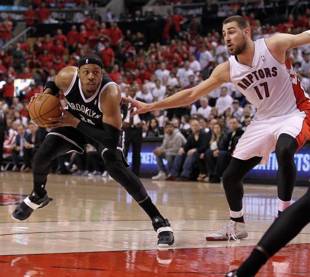 Nets dan un paso al frente